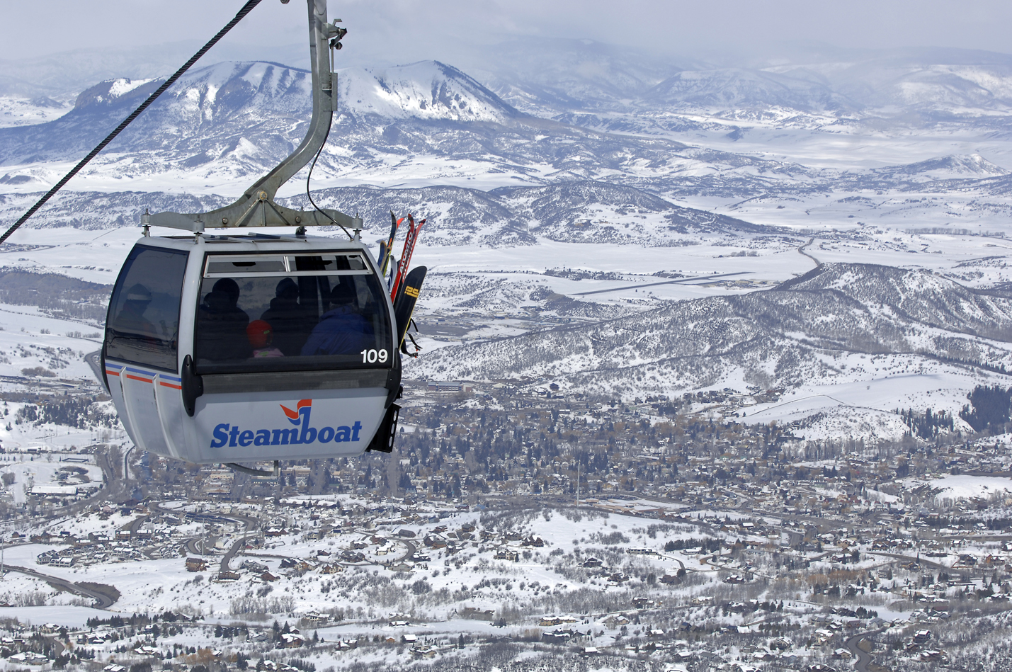best colorado ski resorts for families | family skier