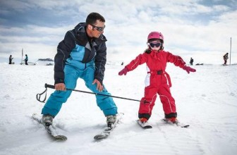 8 Things to Look for in a Ski School